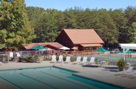 Blue Ridge Swim and Tennis Club | Cabin Rentals of Georgia | Swimming