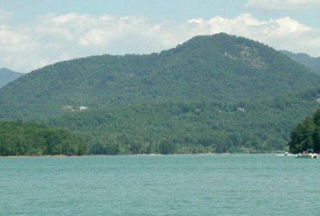 Fishing Blue Ridge Mountains Lake Chatuge In Hiawassee Ga
