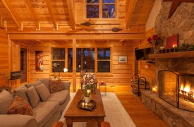 Hidden Valley Lodge | Cabin Rentals of Georgia | All-Wood Interior