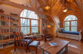 Hidden Valley Lodge | Cabin Rentals of Georgia | Built-In Bookshelves
