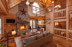 Hidden Valley Lodge | Cabin Rentals of Georgia | Main Level Living Area