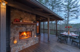 Hidden Valley Lodge | Cabin Rentals of Georgia | Wrap-Around Deck