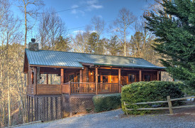 Blue Ridge Lakewalk | Blue Ridge Luxury Cabin Rentals | Cabin Rentals of Georgia | Exterior front of real log cabin