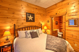 Blue Ridge Lakewalk | Blue Ridge Luxury Cabin Rentals | Cabin Rentals of Georgia | King Master Suite w/ ensuite bath
