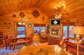 Blue Ridge Lakewalk | Blue Ridge Luxury Cabin Rentals | Cabin Rentals of Georgia | Spacious living w/ living, dining, and kitchen all together