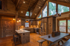 Creekside Bend | Blue Ridge Luxury Cabin Rental | Cabin Rentals of Georgia | Kitchen and Dining Area
