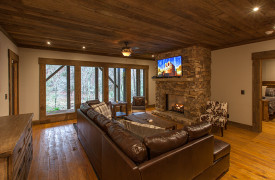 Creekside Bend | Blue Ridge Luxury Cabin Rental | Cabin Rentals of Georgia | Terrace Level Living