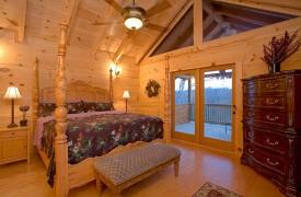 A Rolling River Cabin   Cabin Rentals of Georgia   Upper Level King Suite