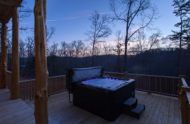 A Mayfly Lodge & Treehouse | Cabin Rentals of Georgia | Hot Tub under the stars, mountain views at dusk