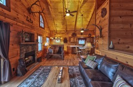 Hiwassee River Sanctuary | Cabin Rentals of Georgia | Open Floor Plan