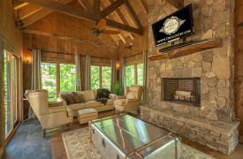 A Mayfly Lodge & Treehouse | Cabin Rentals of Georgia | Treehouse