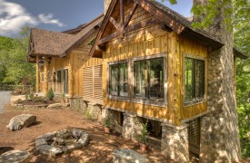 A Mayfly Lodge & Treehouse | Cabin Rentals of Georgia | Home Front Exterior