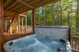 Above the Timberline | Cabin Rentals of Georgia | Terrace Level Hot Tub