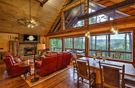 Above the Timberline | Cabin Rentals of Georgia | Luxury Living Area