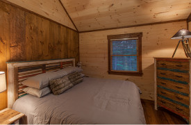 Above the Timberline | Cabin Rentals of Georgia | King Bedroom