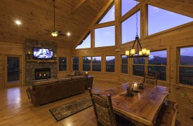 Bella Vista Lodge | Cabin Rentals of Georgia | Breathtaking Sunsets