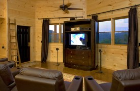 Outlaw Ridge | Cabin Rentals of Georgia | Terrace Level Family Room