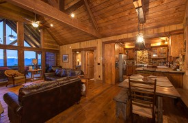 Cohutta Sunset | Cabin Rentals of Georgia | Cozy Dining Area
