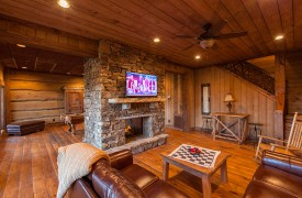 Cohutta Sunset | Cabin Rentals of Georgia | Terrace Level Living Area