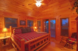 Skydance | Cabin Rentals of Georgia | Upper Level King Suite