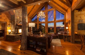 Royal Mountain Lodge | Main Floor Living Area | Cabin Rentals of Georgia