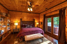 Royal Mountain Lodge | Terrace King Suite | Cabin Rentals of Georgia