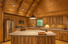 Blue Ridge Intown Retreat | Cabin Rentals of Georgia | Spacious Kitchen