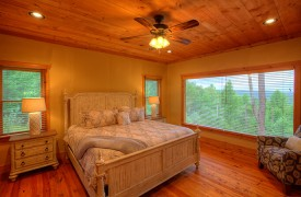 High Hopes | Cabin Rentals of Georgia | King Master Suite on Main Level