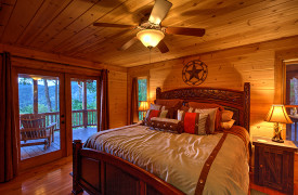Blue Ridge Bliss | Cabin Rentals of Georgia | King Master on Main