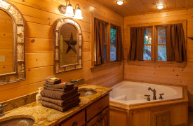 Blue Ridge Bliss | Cabin Rentals of Georgia | King Master Ensuite Bath