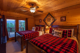 Blue Ridge Bliss | Cabin Rentals of Georgia | Terrace Level 2 Queens