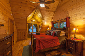 Blue Ridge Bliss | Cabin Rentals of Georgia | Upstairs King Bedroom