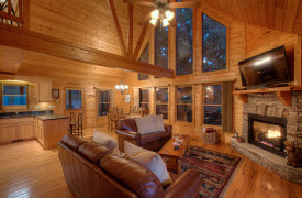 Happy Ours Lodge | Cabin Rentals of Georgia | Open Floor Plan