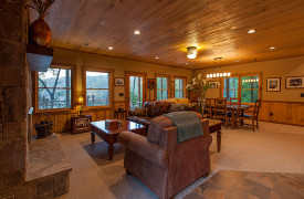 Blue Ridge Lake Sanctuary | Cabin Rentals of Georgia | Terrace Level Living