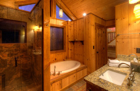 Blue Ridge Lake Sanctuary | Cabin Rentals of Georgia | King Suite Bathroom