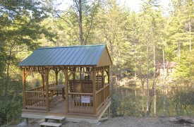 Aska Adventure Outpost | Cabin Rentals of Georgia | Enjoy a Picnic