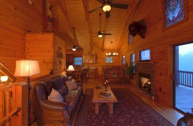 Hiwassee River Buffalo Ridge | Cabin Rentals of Georgia | Wood Interior