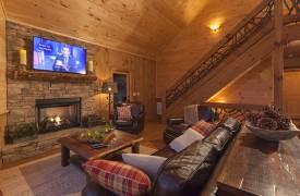 Arcadia | Cabin Rentals of Georgia | Living Area