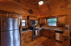 Hiwassee River Run | Cabin Rentals of Georgia | Fully Stocked Kitchen