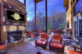 The Great Getaway | Cabin Rentals of Georgia | Grand Outdoor Living Area