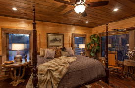 The Great Getaway | Cabin Rentals of Georgia | King Master Suite