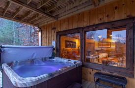 The Great Getaway | Cabin Rentals of Georgia | Hot Tub