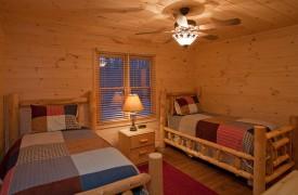 A Rivers Bend | Cabin Rentals of Georgia | Upper Level Twin Bedroom