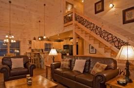 A Rivers Bend | Cabin Rentals of Georgia | Elegant Great Room
