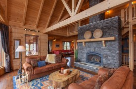 Sky High Lodge | Living Room | Cabin Rentals of Georgia