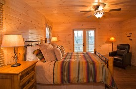A Rivers Bend | Cabin Rentals of Georgia | Main Level Queen Suite