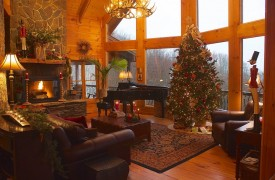 Royal Mountain Lodge | Christmas | Cabin Rentals of Georgia