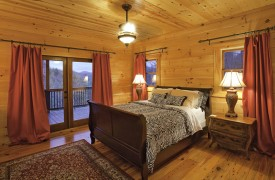 Aska Adventure Outpost | Cabin Rentals of Georgia | King Master Suite