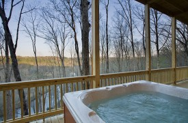 A Rivers Bend | Cabin Rentals of Georgia | Tranquil Hot Tub