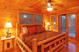 Skydance | Cabin Rentals of Georgia | Main Level King Suite